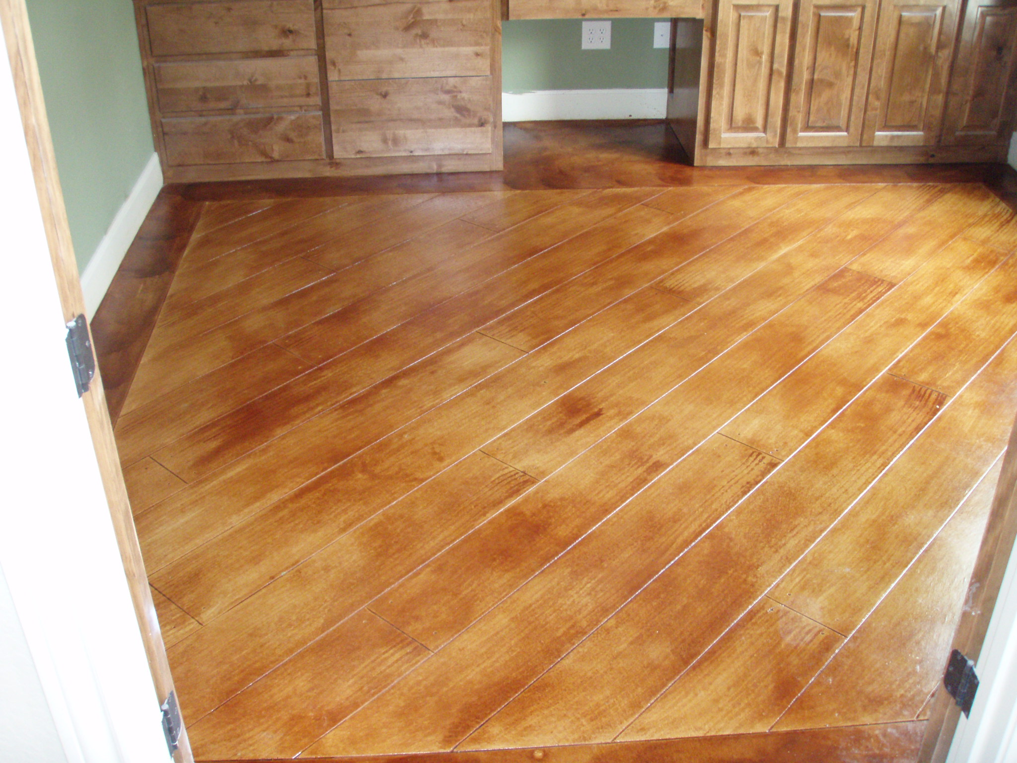Scored Concrete Flooring : Stained concrete and scored
